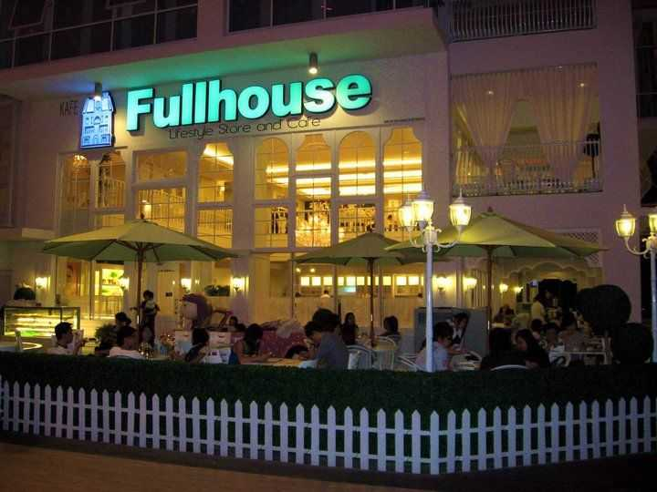 Fullhouse Lifestyle Store and Cafe